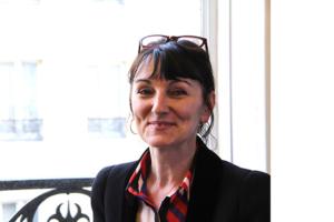 Photo de Marie-Laurence Cattoire, intervenante à l'École occidentale de méditation, fondée par Fabrice Midal